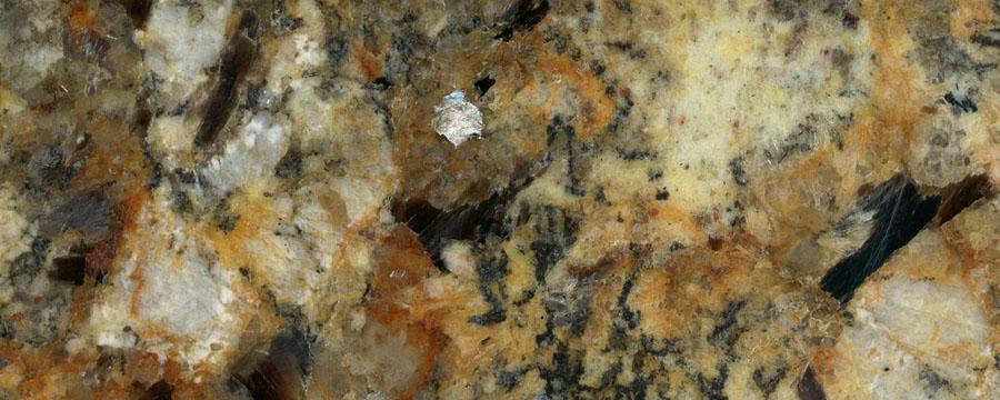 Granit-nebula-dorata